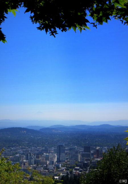 A view of Portland, Oregon from the grounds of the Pittock Mansion