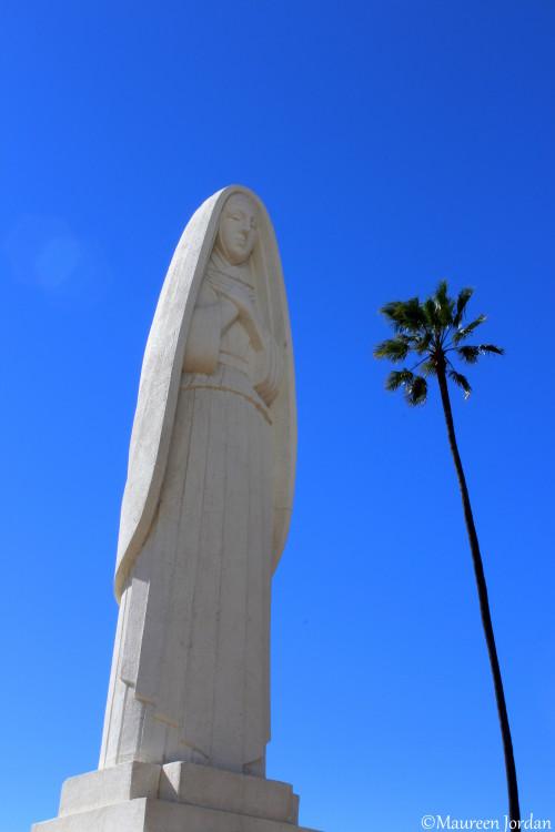 Statue of Santa Monica