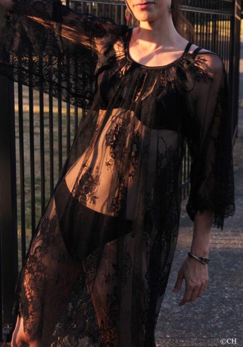 Black lace bikni cover-up