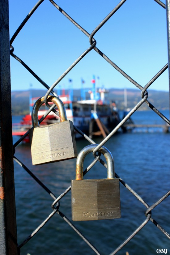Love locks at Cascade Locks